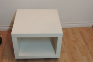COFFEE TABLE WITH BOTTOM SELVE FOR SALE! $35