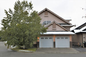 4 bedroom house in West End gated community, price reduced!
