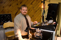Wedding Dj with over 25 years experience