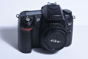 Super Camera offer !! ''Nikon D80'' with A LOT of accessories !