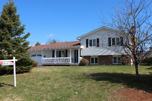 VIDEO! NEW PRICE! GREAT QUISPAMSIS LOCATION WITH GARAGE
