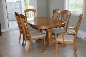 table de cuisine/Dining table set
