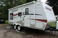2011 Starcraft 197FBH Travel Trailer!! Like New!!!!