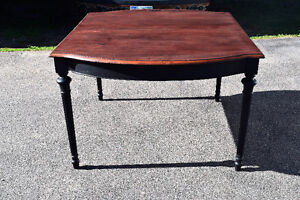 SALE: Antique dining table