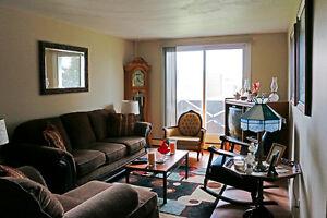 !!! WOW Spacious 1 Bedroom Apartment: 141 Linnwood Ave!!! Cambridge Kitchener Area image 3