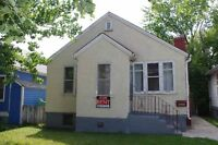 3 Bedroom House South Side Whyte Ave University Area!