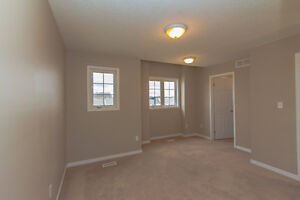 GREAT 3 BED TOWNHOME! SPACIOUS! DESIRABLE LOCATION! AVAIL DEC 1 Kitchener / Waterloo Kitchener Area image 12