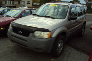 2001 A Ford Escape XLS SUV, Crossover 4x4