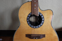 LIKE NEW ACOUSTIC ELECTRIC GUITAR
