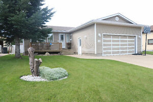 This amazing 3 bedroom bungalow is ready for a new owner!