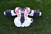 Plastron Gardien Bu Neuf Vaughn Goalie Chest Protector New JR L