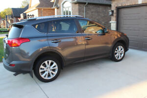 """2013 Toyota RAV4 AWD Limited Edition """" Fully Loaded """""""