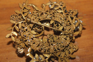 Vintage Larger Sized Brooch London Ontario image 5