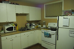 Room for Rent by University - All Utilities & Internet Included