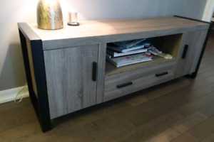 Tv stand/ tv bench
