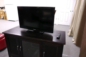"""32"""" Flat Screen TVs for Sale"""