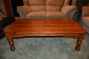 Pine coffee table and end tables