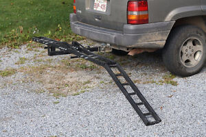 Motorbike hitch carrier