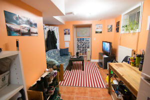 Annex/ Casa Loma Room for Rent