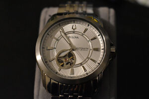 Mens Bulova Automatic Watch | Mint Condition Cambridge Kitchener Area image 2