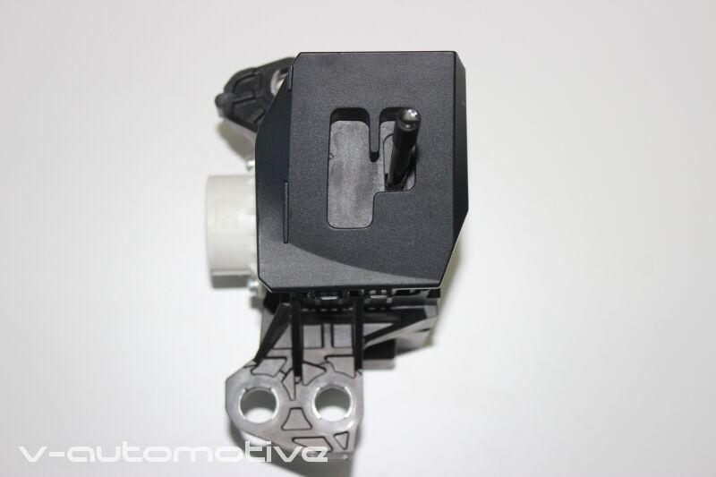 2012 LEXUS CT 200H / RHD GEAR SELECTOR