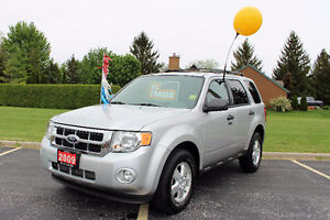 2009 Ford Escape XLT SUV, Crossover**Leather**Sunroof**