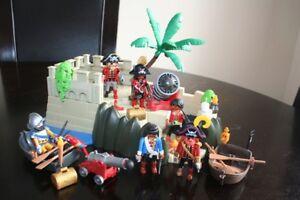 Playmobil Pirates - Camp fortifié et barques