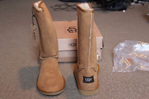 New! Ugg Australia Classic Tall Women Suede Winter Boot size 10
