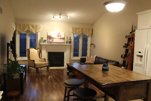 Beautiful Townhouse Condo for Rent - Northwest London