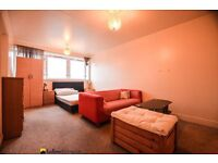 2 Bed With Seperate Recepetion Must View ASAP