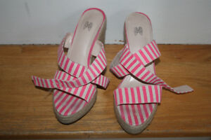 Victoria's Secret Pink stripe wedge shoes   Size 7/7.5