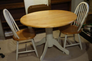 Round Dining Table w/ 2 Chairs