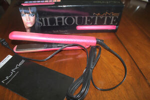 NUME HAIR STRAIGHTENER / FLAT IRON  (heats up very quickly)