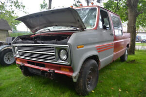 1975-1991 Ford Econoline Fenders, doors, hood, and other parts.