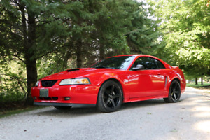 2000 Mustang GT 35thaniversary low kms.