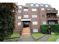 2 bedroom flat in Copper Beech Court, Whetstone, N20