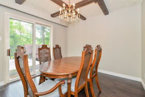 A little country 12 mins to Guelph, half an acre and 2136 sq ft+ Cambridge Kitchener Area image 4