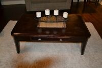 Set of 3 Coffee Table and 2 Matching End Tables