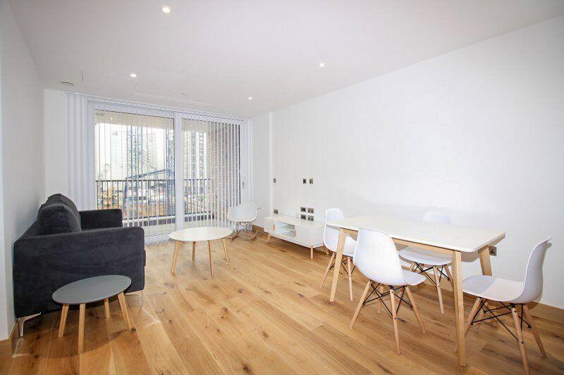 W2 1BE Paddington Exchange, Designer Furnished, 24hr Concierge,