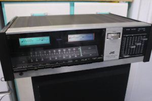 VINTAGE 1976 JVC JR-S200 MARK II STEREO RECEIVER