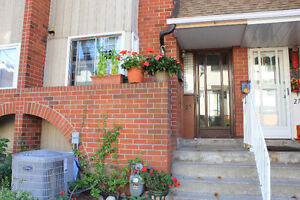 Christie & Dupont 3+1 Town House with Parking for Rent
