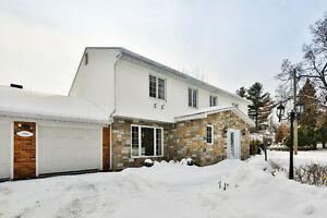 OPEN HOUSE-Large cottage with saltwater pool! (Beaconsfield)