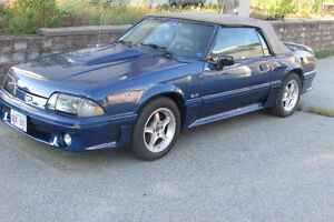 1989 ford Mustang 80000kms lots of upgrades (NEED GONE)