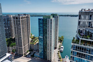 Luxury Lakeview 2 Bedroom Downtown Condo