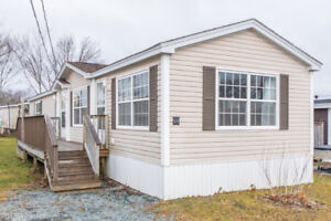 Perfect First Home - Spacious And Updated Trailer On Birchill Dr