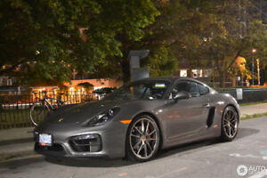 **Very Rare Porsche Cayman GTS with only 5000 km PDK**