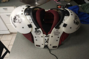 Football Shoulder Pads 120-140 lbs