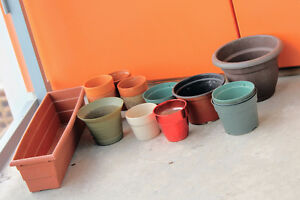 Garden/Plant Pots - Variety of sizes, Clay and Plastic