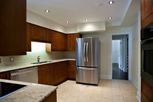 4 bedrooms - Suite 102 -  at 400 Kensington, Westmount