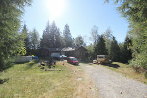 4.83 Acre Property in Stave Falls with 5 Stable Barn! Potential!